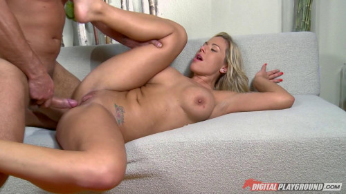 Raw Cuts - Olivia Austin (Think I've Got What It Takes) Blondes