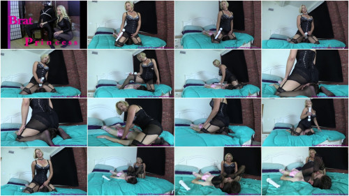 Brianna – woman Uses Sissy Sons Face To Get Off While Thinking About Lover
