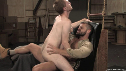 RS - Size Matters (Seamus O'Reilly, Landon Conrad) 1080p Gay Clips