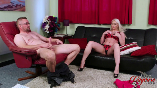 Pippa Blonde - Dick Pic Favou Unusual Sex