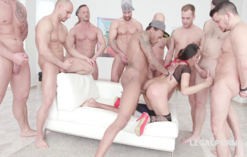 10on1 Gangbang Fest With DP For Asian Babe May Thai Orgies