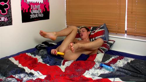 Wanking With Smooth Skylar