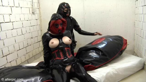 Maxi Inflate - Anna Rose and Phoenix