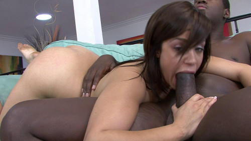 Sexy Chavon Taylor gets satisfies hard cock