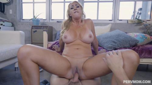 big ass blonde mom fucked on sofa full hd MILF Sex