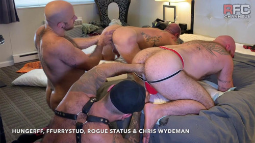 Four Way Fisting Orgy with Rogue Status & Chris Wydeman Gay Unusual