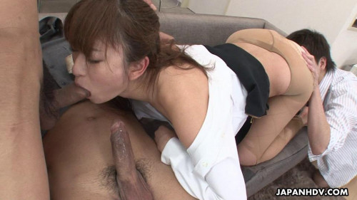 Office lady melia rika is drilled by her superiors