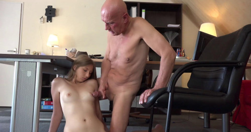 Daisy Cake Like Sex With Old Men Old and Young