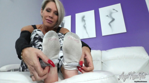 Erotic Nikki - Unwrapping My Cock Pleasers