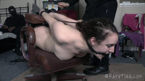 Cam Whore Endza Gets A House Call BDSM