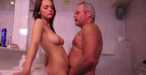 Emily Thorne Like Sex With Old Men