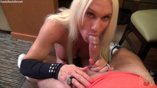 Ashlee Chambers blow Female Muscle