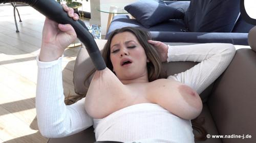 Mary Selino – Vacuum Cleaner (2020)