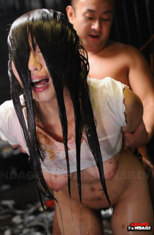 Asiansbondage - Aug 29, 2016 - Hanging  Upside Down Eri Makino Scene 2