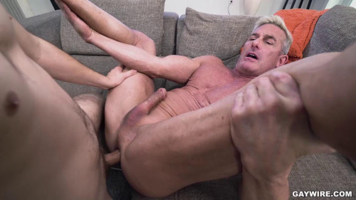 GayWire - Jesse Avalon, Matthew Figata - Horniest Stepson Ever (720p)