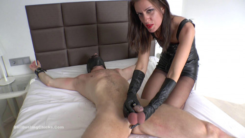 Lady Bellatrix – Humiliated Chastity Slave - Full HD 1080p