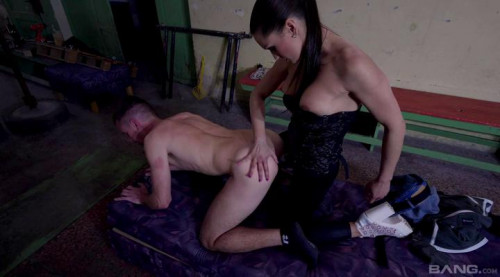 Pegged By A Unmerciful Female-dominator