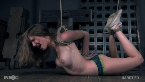 POWER PLAY Veteran Ashley Lane Enjoys Rope Bondage
