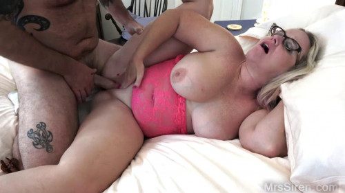 Curvy wife shared with a friend full hd