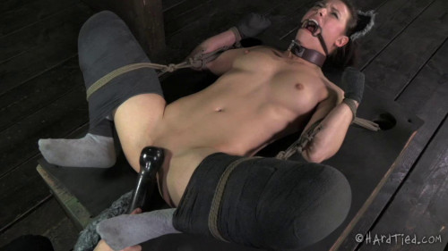 Casey Calvert Cyd Black In Heat BDSM