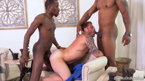 BlacksOnBoys - Riley Mitchel, Deepdicc & Lawrence West