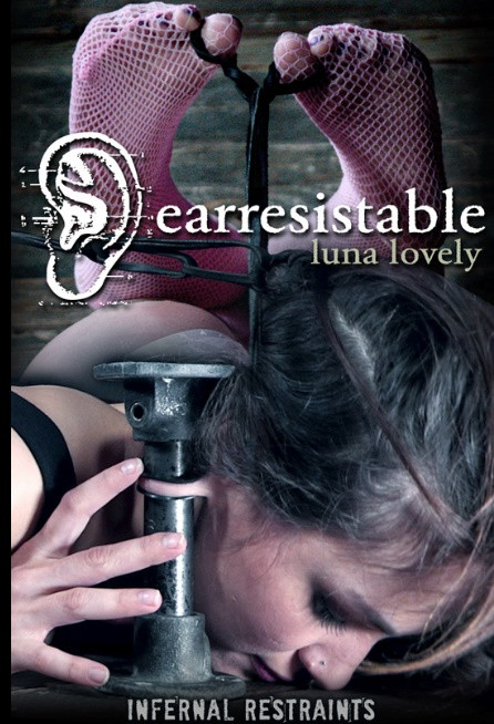 Earresistable – Luna Lovely