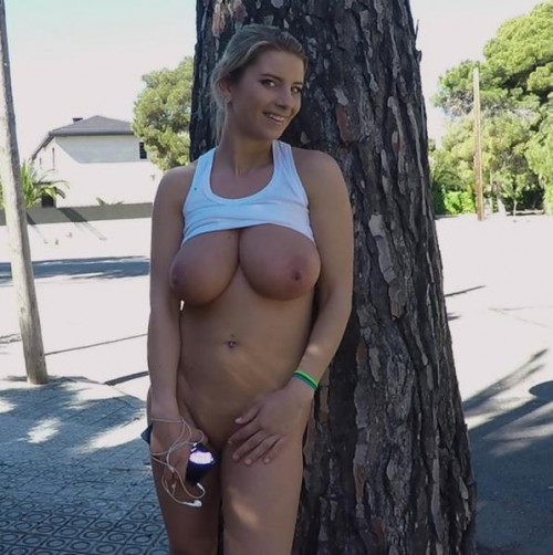 Katerina - Busty Katrina Goes For A Jog FullHD 1080p HD Clips