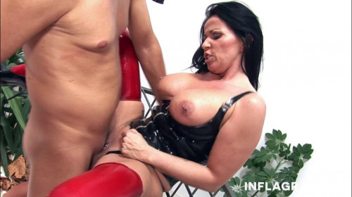 Pussy Kate BDSM Latex