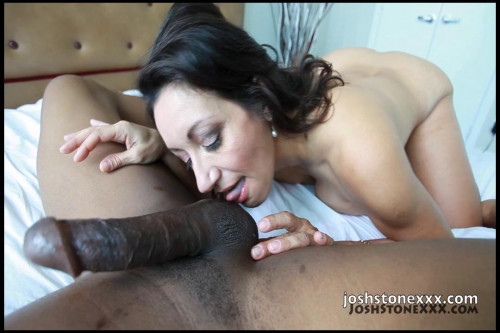 huge black cock destroyed milf Persia 720p Interracial