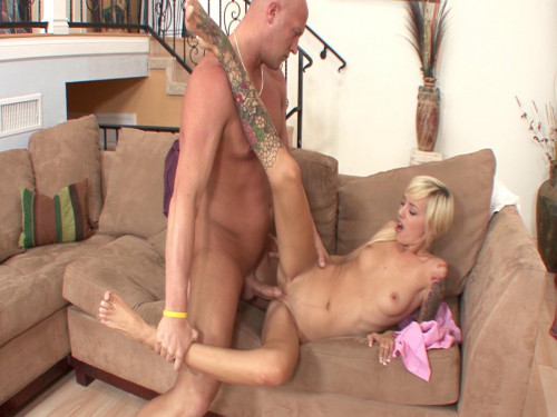 Sweet Emma Mae gets fucked by her boss