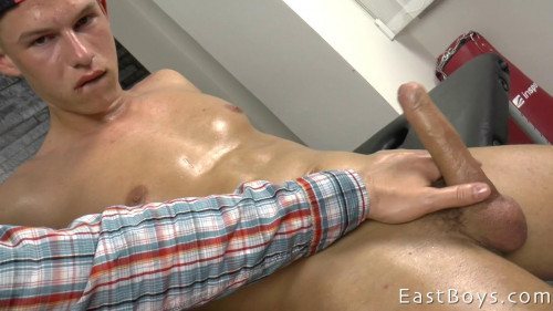 EastBoys - Raymond Hamilton - Massage - Handjob - Jerking off Gay Extreme