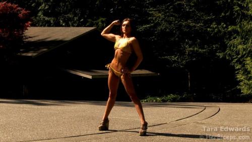 Tara Edwards - Fitness Model Female Muscle