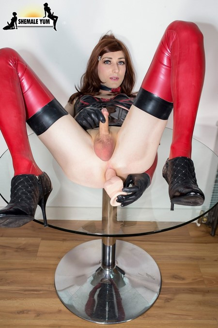 Katie wales plays with her dildo Transsexual