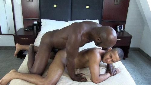 Cutler X And Xavier Like Anal Sex