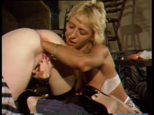 Lesbian Exzess(1987) Fisting and Dildo