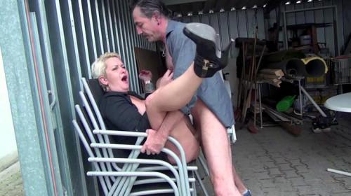 Hausfrauen Jager part 1 MILF Sex