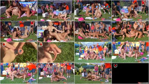 Flixxx – Haley Reed, Layla London & Mila Marx (Catfight On Campus)