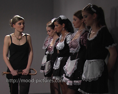 [BDSM] [Mood Pictures - The Maid]