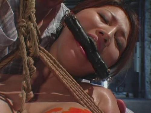 Yuki Touma torture Asians BDSM