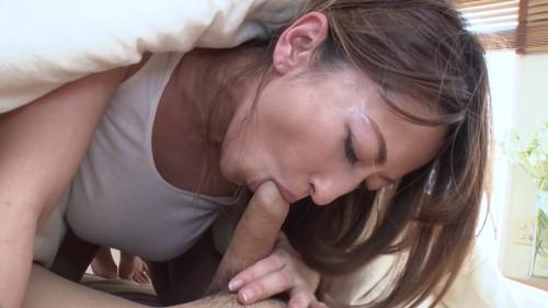 Sexy Milf Reina receives hardcore sex (051321_001)