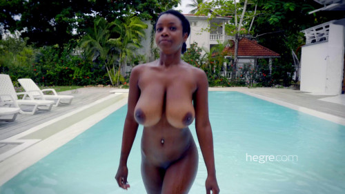 Kiky Shooting Caribbean Curves Erotic Video