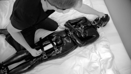 Chef Special - Full HD 1080p BDSM Latex