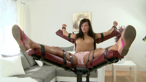 Tickling-submission HD BDSM