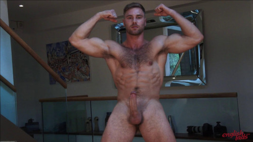 Straight Young Rugby Hunk Tom Shows