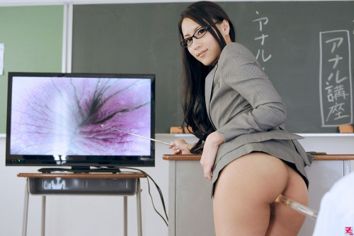Ren Azumi – Ren Azumi's Anal Lesson