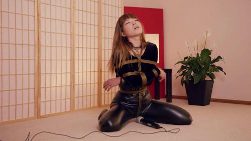 Mina Coyote Brown (2017) BDSM Latex