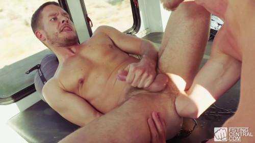 Fist Bus