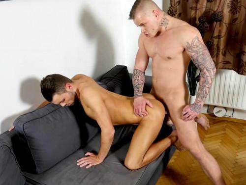 Hot Fucking of Ryan Cage & Jeffrey Lloyd (720p)