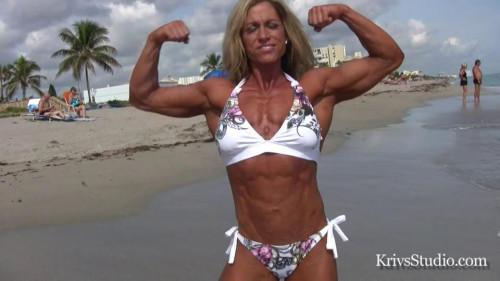 Kirsten Haratyk - Fitness Model Female Muscle