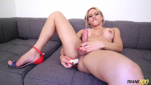 Lohanny Brando - Ms.Brando's Playtime Transsexual